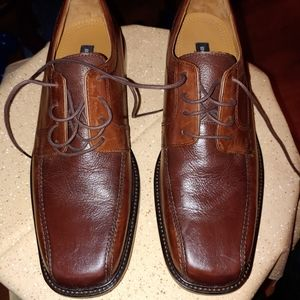 Bostonian mens shoes.